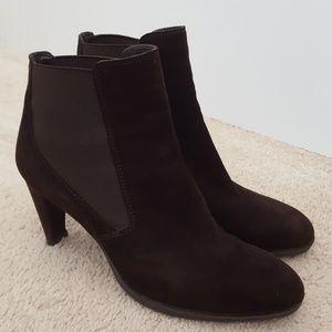 Stuart Weitzman brown leather bootie sz 9M